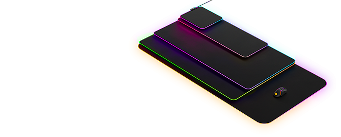 QcK 系列滑鼠墊彼此疊放以顯示尺寸上的差異
