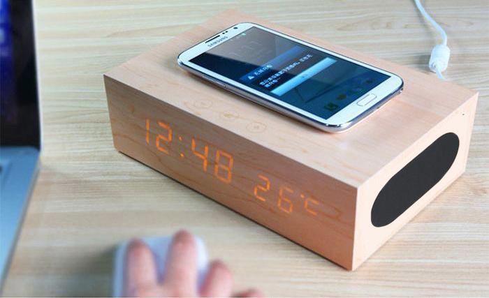 Qi 多功能木質觸控鬧鐘喇叭及無線充電器 [2色]