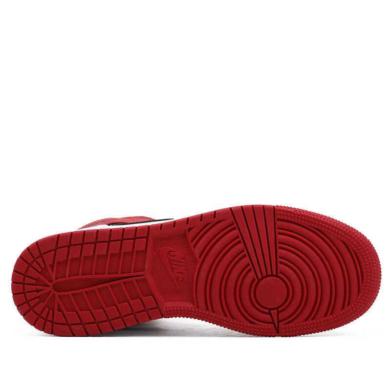 Air Jordan 1 Mid GS Chicago 籃球鞋/運動鞋 (554725-173) 海外預訂