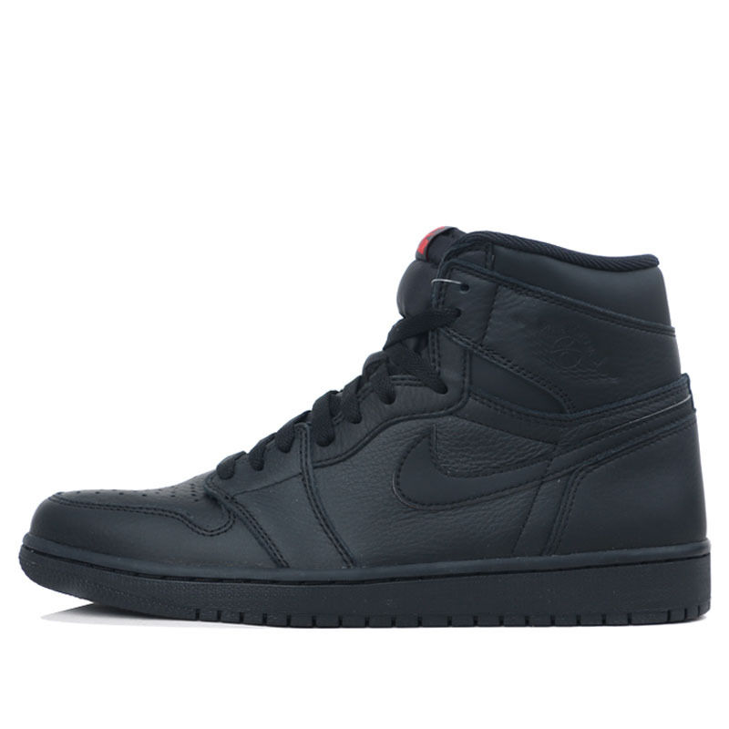 Air Jordan 1 Retro High OG Triple Black 籃球鞋/運動鞋 (555088-022) 海外預訂