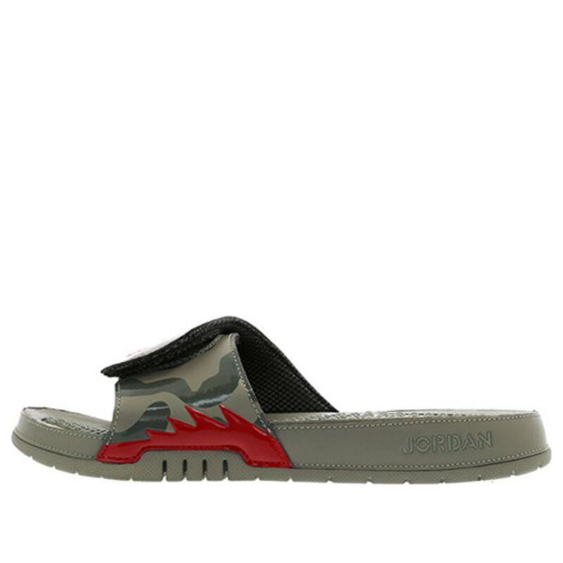 Jordan Hydro V Retro Camo Beach & Pool Slides/Slippers (555501-051) 海外預訂