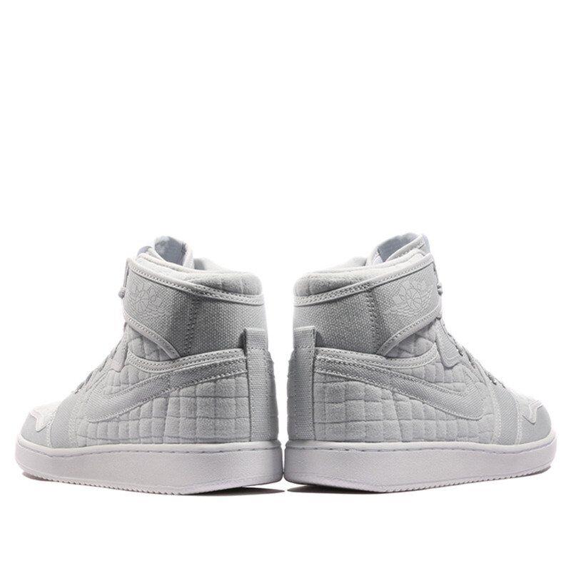 Air Jordan 1 KO High OG Pure Platinum 籃球鞋/運動鞋 (638471-004) 海外預訂