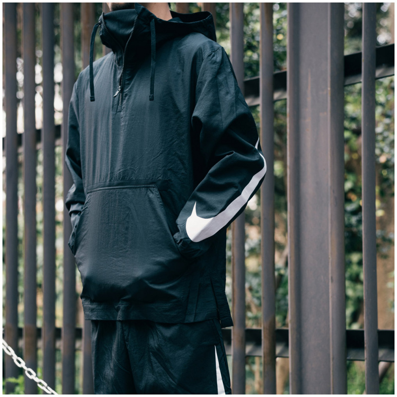 NIKE PACKABLE JACKET BLACK