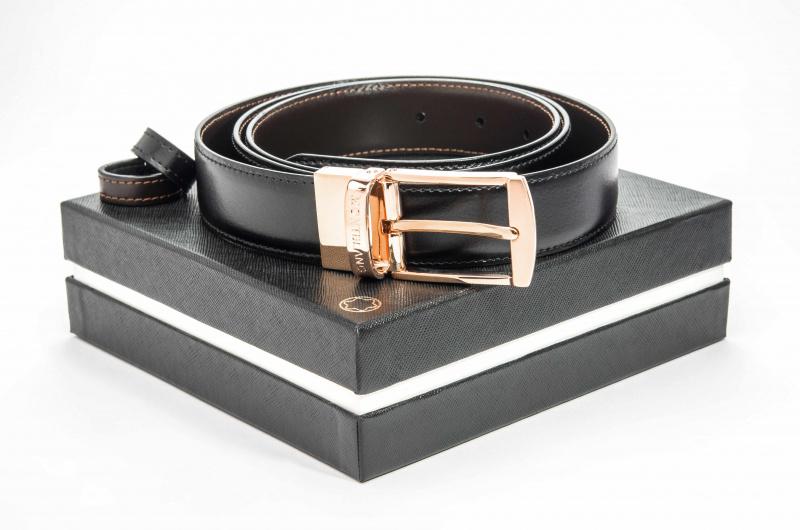Montblanc 105122 鍍金針扣 黑色雙面皮帶