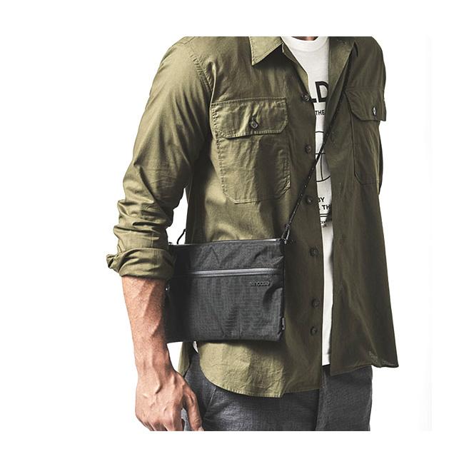 Incase 簡約隨身側包 Shoulder Pouch [3色]