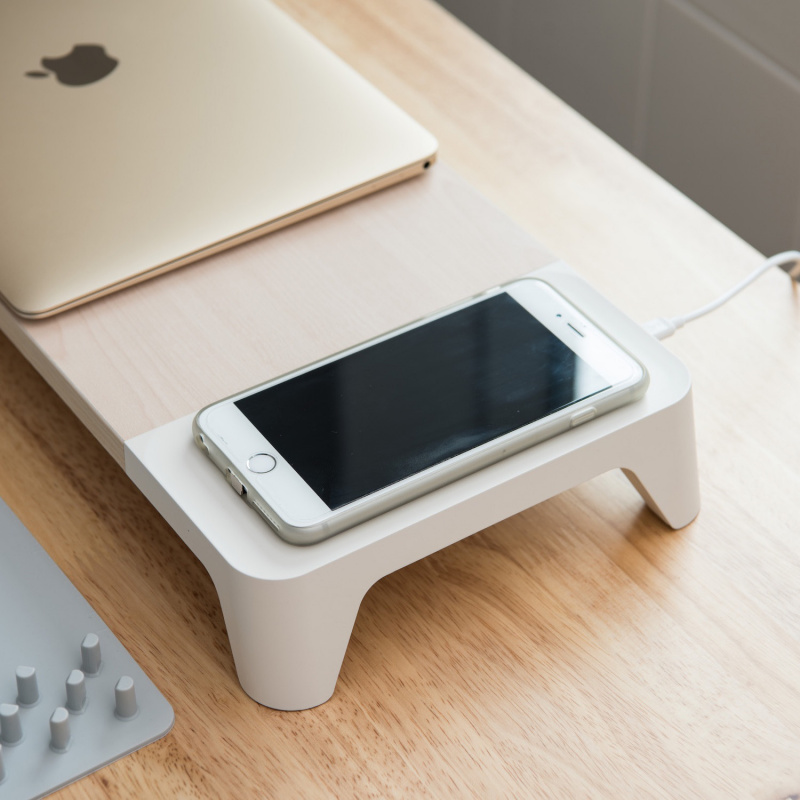 Pout Eyes 6 Wooden Monitor Stand Wireless Charge 多功能電腦無線充電支架