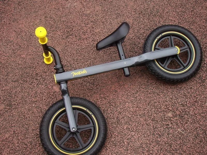 小米有品 柒小佰 兒童滑步車