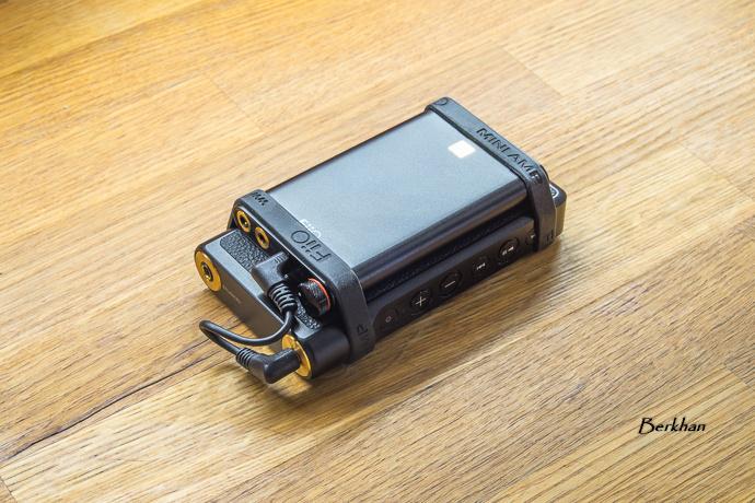 FiiO Q1 Mark II USB DAC隨身型DSD輸出iPhone解碼耳機功率放大器