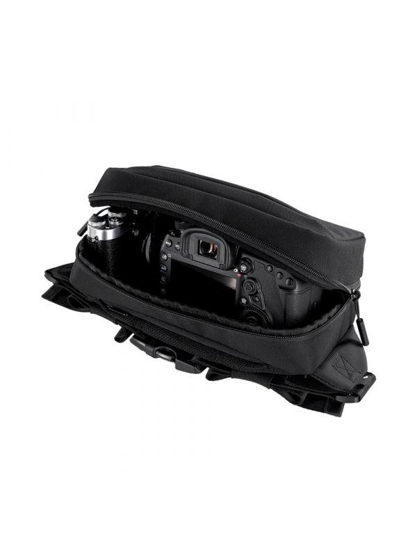 Incase Capture Side Bag