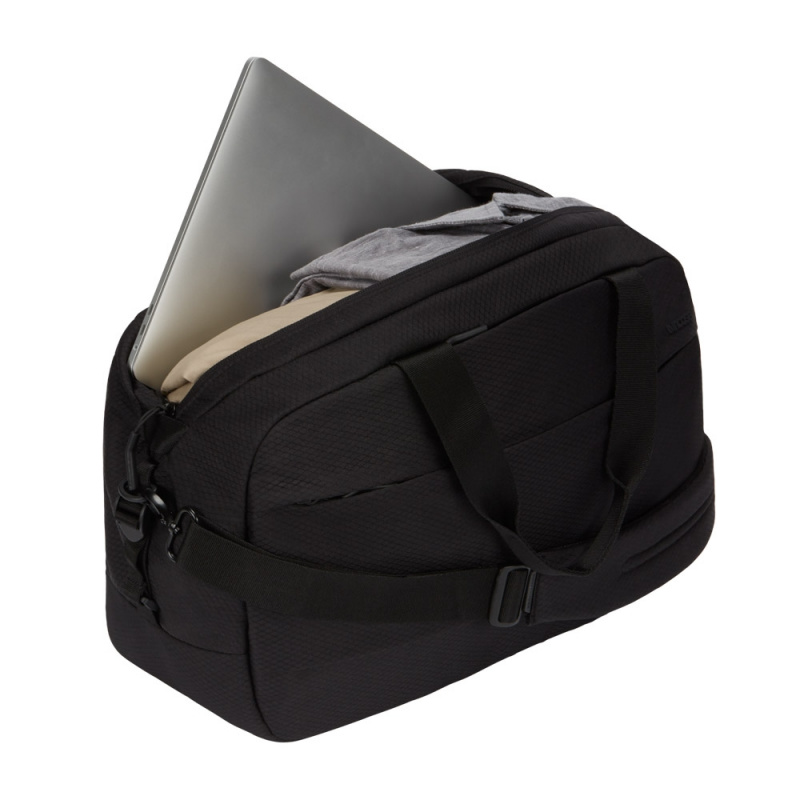 incase city duffel with diamond ripstop