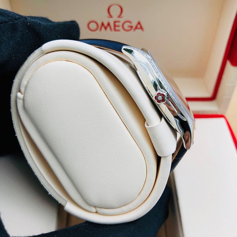 OMEGA 歐米茄 碟飛系列 36毫米 不銹鋼 白面 石英 428.17.36.60.04.001