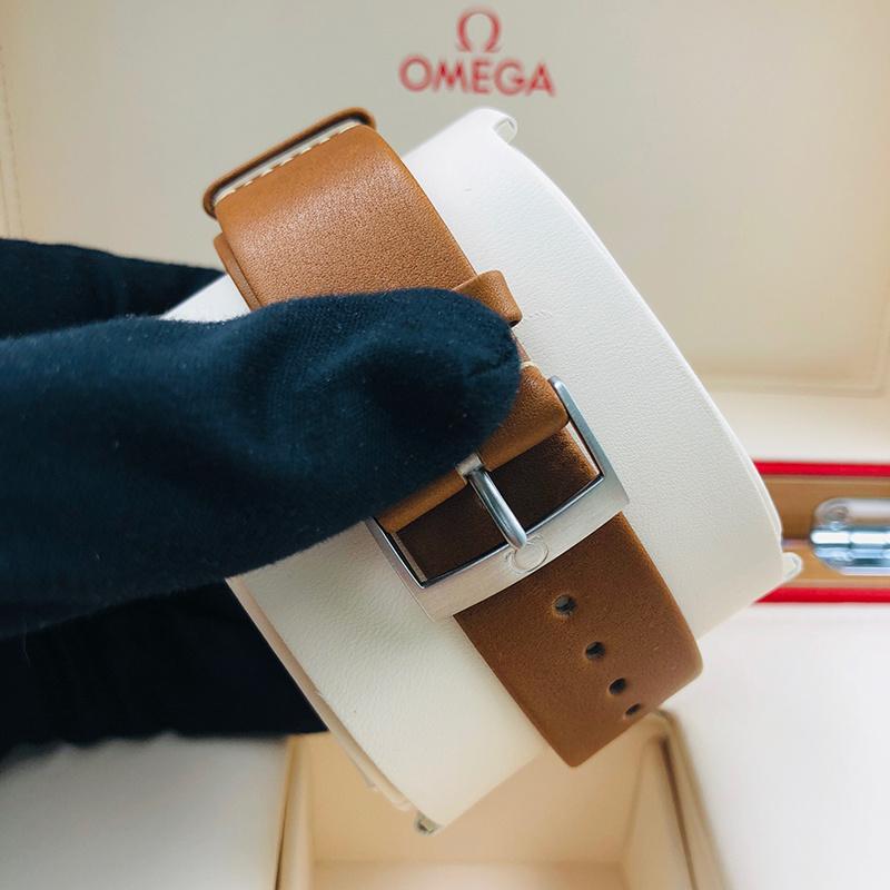 OMEGA 歐米茄 海馬鐵霸系列 40毫米 不銹鋼 灰面 自動機械 220.12.40.20.06.001