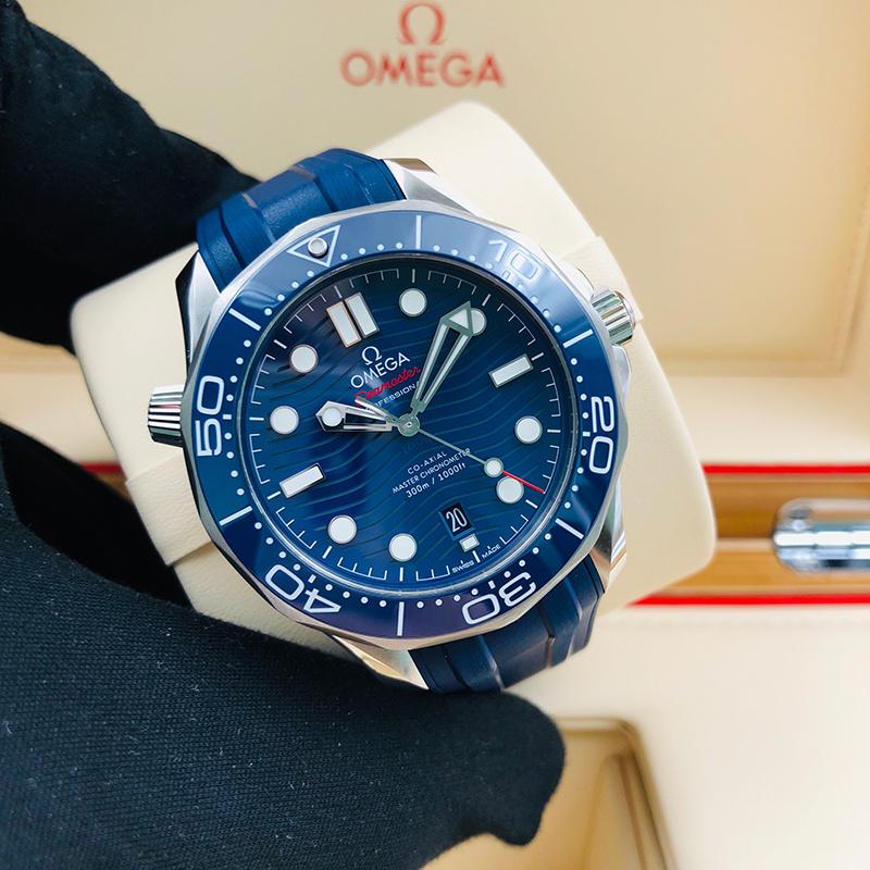 OMEGA 歐米茄 海馬潛水300系列 42毫米 不銹鋼 藍面 自動機械 210.32.42.20.03.001