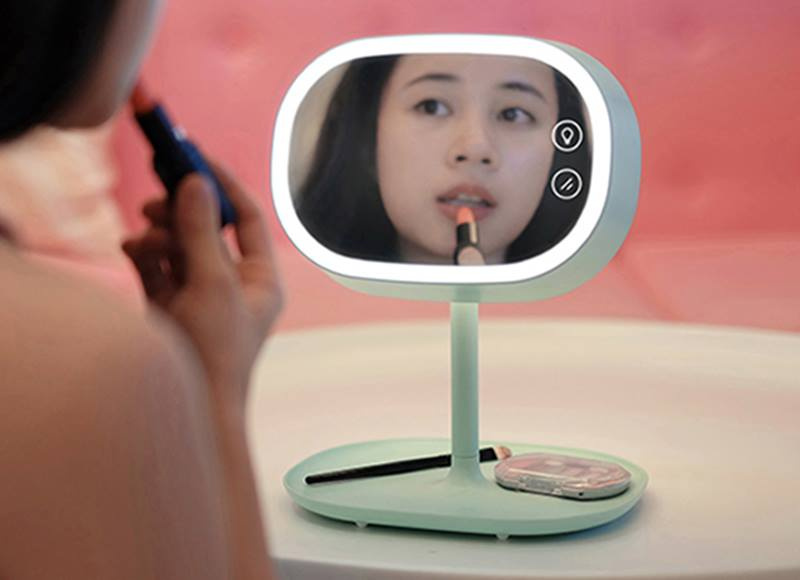 熊貓豬 MUID 觸控化妝鏡檯燈