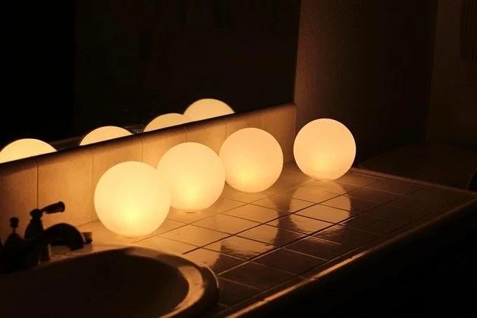 新加坡MOGICS Coconut 折折月亮燈