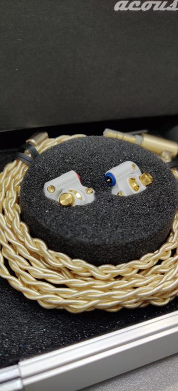 Acoustune HS1655 CU [ 10mm 第4代Myrinx動圈單元 ] White / Gold [ HS1655CU ] 可加錢換2.5MM/4.4MM平衡線