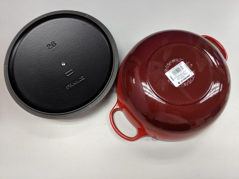 Le Creuset 媽咪鍋 櫻桃紅 黑琺瑯深炒鍋 32cm Cerise Cherry Red La Marmite Cast Iron