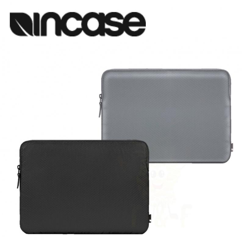 """Incase 15""""MacBook Pro Slim Sleeve in Honeycomb Ripstop"""