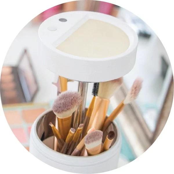 Brushean 化妝掃消毒機