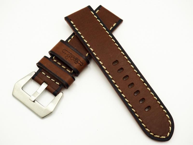 24mm 經典深棕色牛皮錶帶配針扣