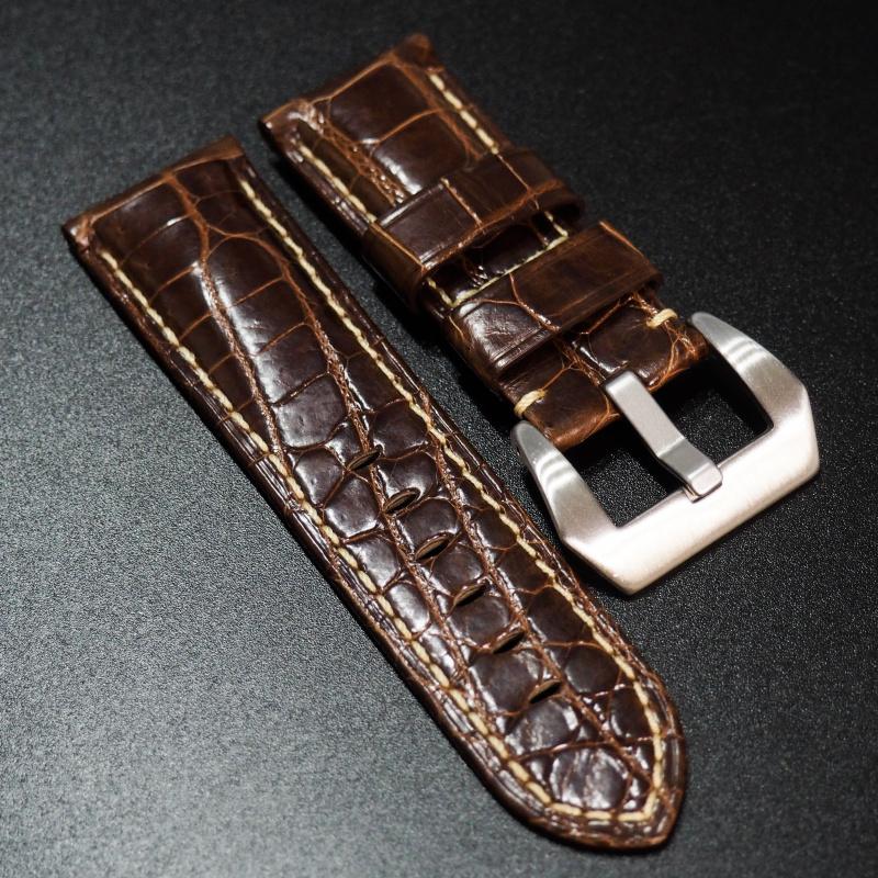 24mm Panerai Style 棕色鱷魚皮錶帶 (女性尺寸)