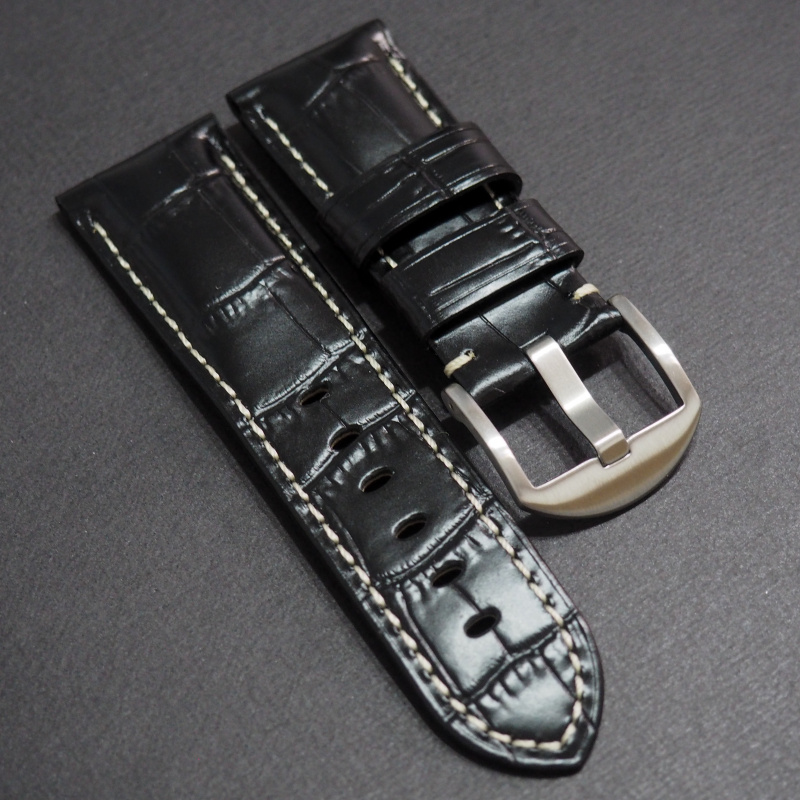 24mm Panerai Style 黑色鱷魚皮紋牛皮錶帶 (女裝尺寸)