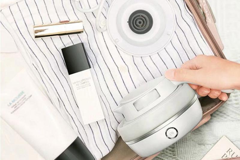 0.6L 摺叠式旅行電熱水壺 - TFK-060