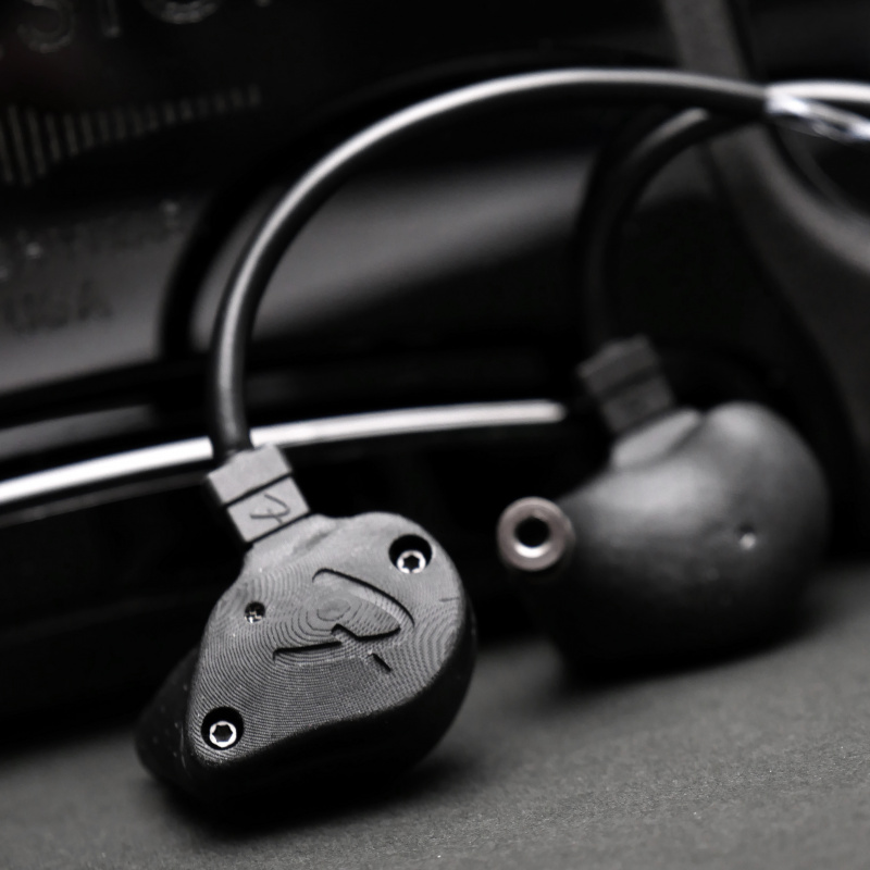 Fender Ten 5 Carbon Black 入耳式耳機