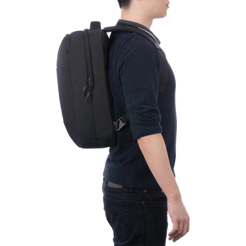 Incase City Compact Backpack W/CORDURA