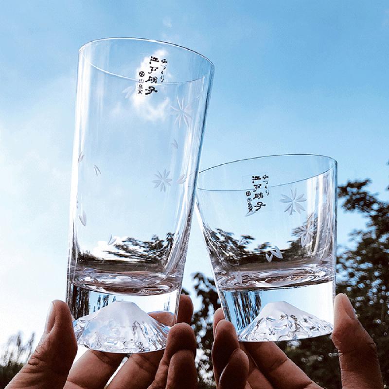 日本入口 - 日本製【江戶硝子】田島硝子 富士山櫻花圖案 玻璃杯 (櫻花裹布 工藝原木禮盒)【市集世界 - 日本市集】