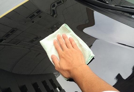 SOFT99 光鏡面去小傷痕軟臘-白色車漆用