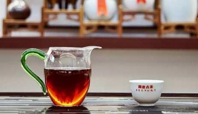【瀾滄古茶】金喬木 2015年普洱熟茶:玻璃樽裝 6.6g x 10小餅 /HK$128(玻璃瓶)
