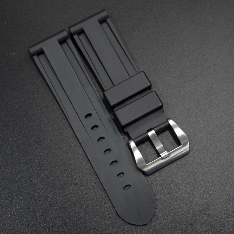 20mm, 22mm, 24mm, 26mm 黑色矽膠錶帶 合適 Panerai 等手錶