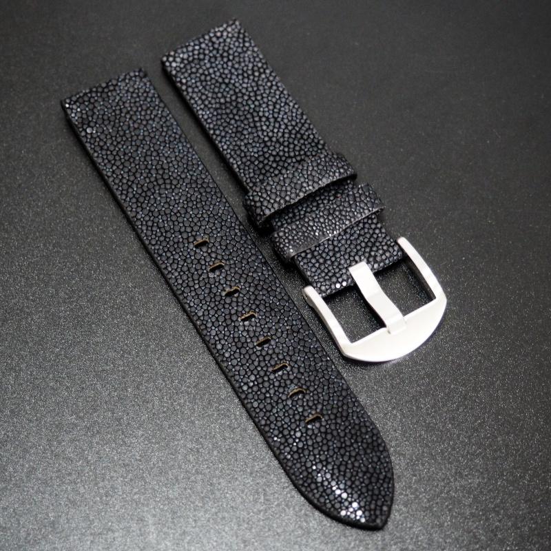 18/20/22mm 優質黑色魔鬼魚皮錶帶