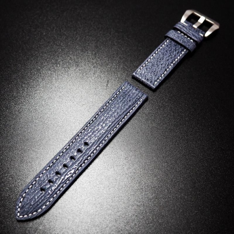 22/24mm 藍色鯊魚皮錶帶配白線 適合Panerai