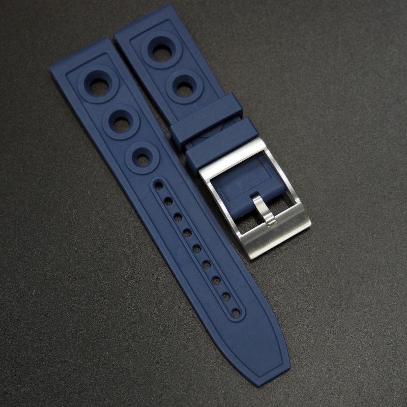 22/24mm Breitling 牛仔藍橡膠錶帶配針扣