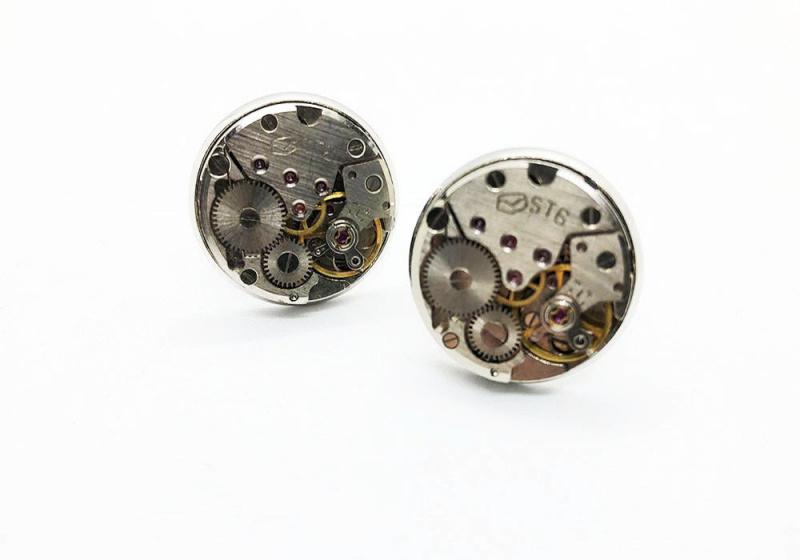 錶芯設計特色袖口鈕 恤衫必備 cufflinks