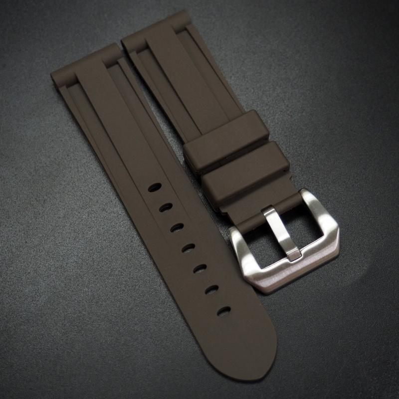 20mm, 22mm, 24mm, 26mm 棕色矽膠錶帶 合適 Panerai 等手錶