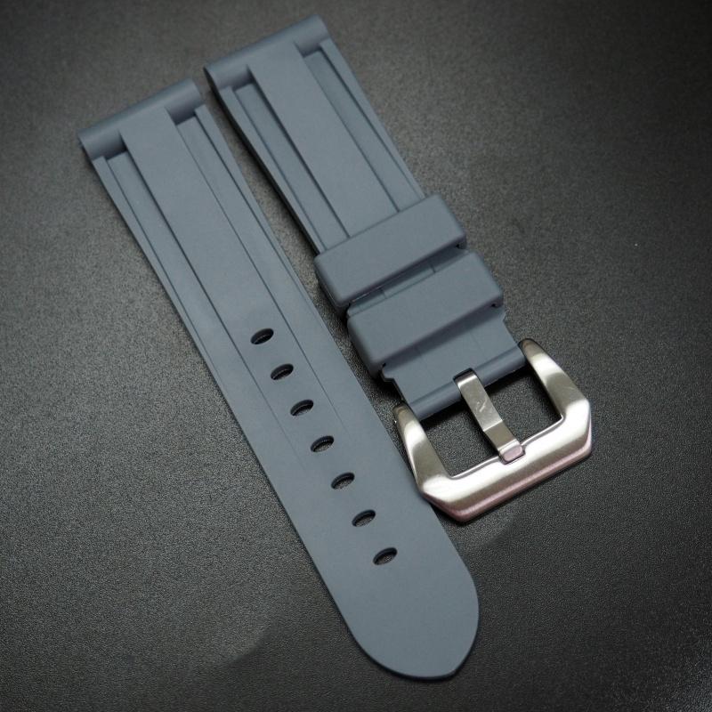 22mm, 24mm 灰色矽膠錶帶 合適 Panerai 等手錶