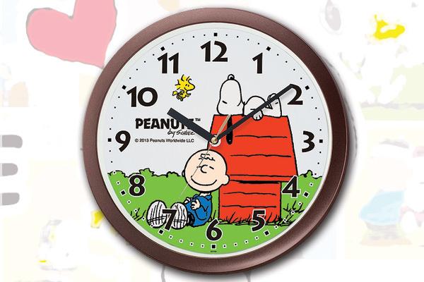日本Snoopy掛牆鐘 (啡色)