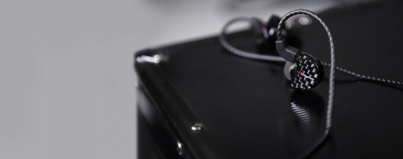 NAKAMICHI Elite Pro 300 專業級入耳式監聽耳機