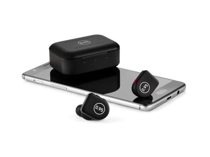 Master Dynamic x LEICA MW07 Plus For 0.95 真無線藍牙耳機 【限量版】