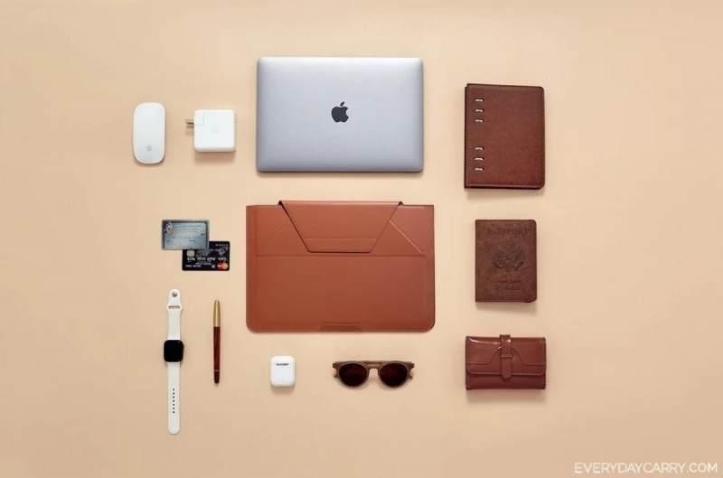 Moft Carry Sleeve 💻電腦包包💼一秒變成支架