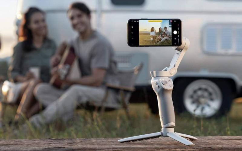 DJI OM 4 智能 手機穩定器 可捕捉重要時刻😍