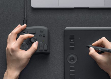 TourBox 修圖專業鍵盤 (全港免費)
