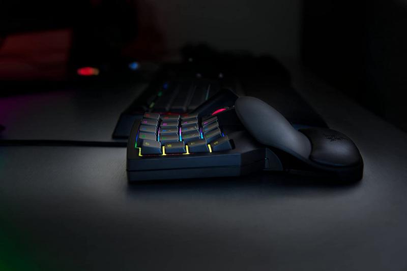 Razer Tartarus V2 Mecha Gaming KeyPad