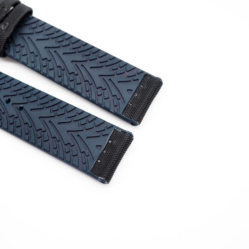 20mm, 22mm 黑色尼龍藍色膠底運動錶帶
