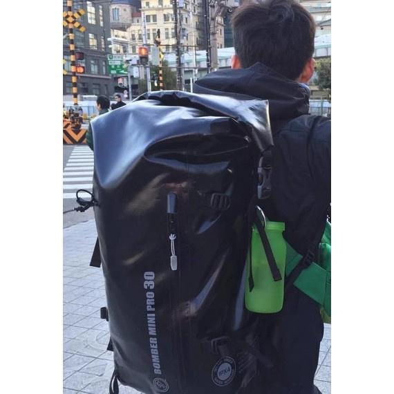Bomber Mini Pro Version J 防水背囊 30升 - 黑