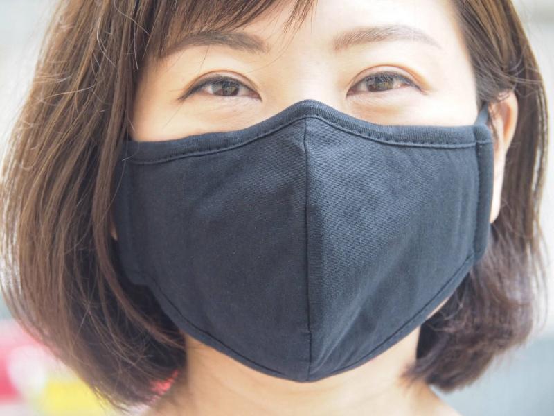 1個立體棉布口罩(黑色) 鼻梁位及掛耳繩可調節 可放濾芯- 適合秋冬或冷氣室內使用 M11020