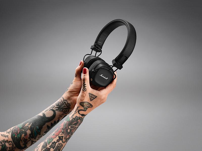 Marshall Major IV 頭戴式耳機 🎧🎶 一次充電能用 80 小時